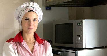 Бельчанка создаёт десерты по авторским рецептам.