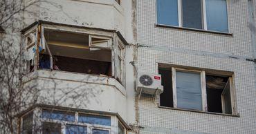 В жилом доме на Рышкановке прогремел взрыв: погиб мужчина. Фото: Stiri.md.