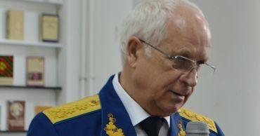Генерал Ион Косташ идет на выборы президента как независимый кандидат.