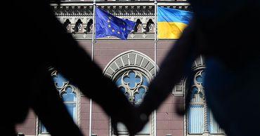 В Евросоюзе пересмотрят условия соглашения об ассоциации с Украиной.
