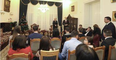 Спикер Зинаида Гречаный встретилась с молдавской диаспорой в Венгрии.