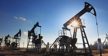 Китай в рекордных объемах скупает дешевую российскую нефть.
