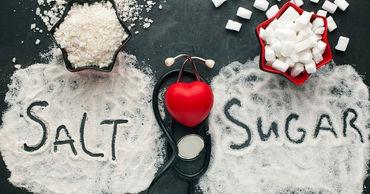 Диетолог объяснила, когда соль и сахар становятся опасными для организма.