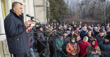 Кику пообещал разобраться с проблемами жителей села Дрепкэуць.