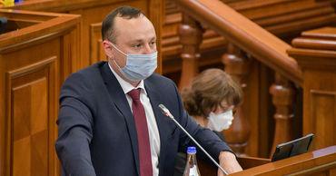 Парламент одобрил в первом чтении законопроект о статусе русского языка.