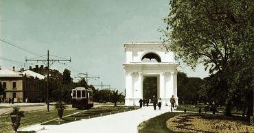 На старых фотографиях запечатлен Кишинев без пробок.