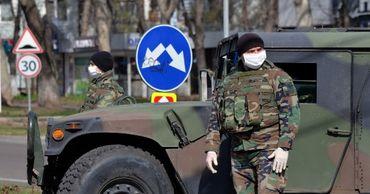 Нацармия мобилизовала 300 военнослужащих в помощь полиции.