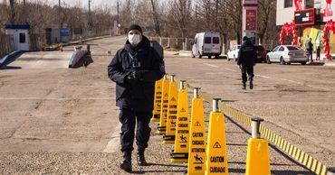 За сутки на границе заполнили более 1 500 эпидемиологических анкет.