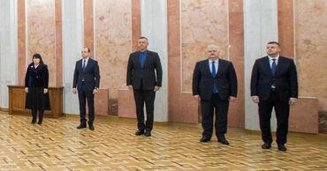 Министры, выдвинутые ДПМ, принесли присягу.
