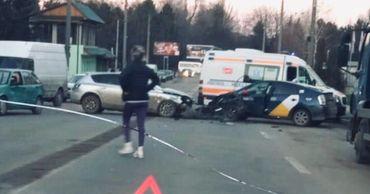 На Ботанике произошла авария с участием такси.