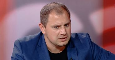 Адвокат Штефан Глигор.