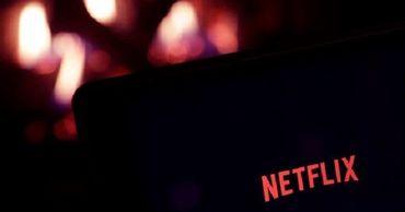 Премьер Польши обвинил Netflix в переписывании истории.