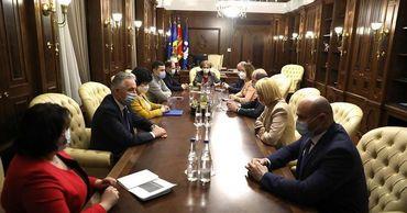 Петков: Депутаты введут режим ЧП, чтобы остаться у власти.
