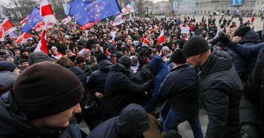 В Минске оппозиция проводит акцию против объединения с Россией.