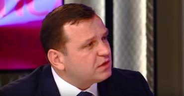 Нэстасе связал свой проигрыш на выборах мэра с должностью главы МВД.