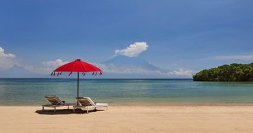 Бали закроют для иностранных туристов до конца года.