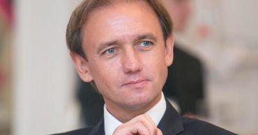 Бывший капитан национальной сборной по футболу Раду Ребежа стал депутатом.