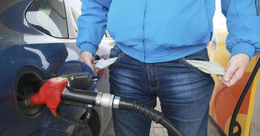В Молдове снова подорожало топливо: литр бензина стоит почти 20 леев