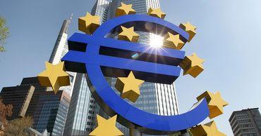Экономика еврозоны в 2020 году может сократиться на 10% из-за коронавируса.