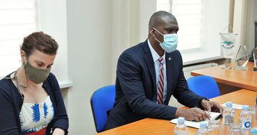 Посол США провел встречу с руководством ЦИК в контексте выборов.