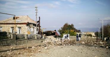 ЕС осудил удары по мирному населению в Карабахе.