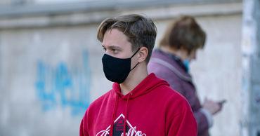 Гылкэ: Чтобы защитить себя от инфекции и смерти, мы должны носить маску.