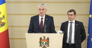 Вице-спикер парламента от фракции ППДП Александр Слусарь.