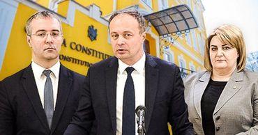 Депутаты Pro-Moldova пришли в КС, чтобы оспорить условия кредита с РФ. Фото: Point.md