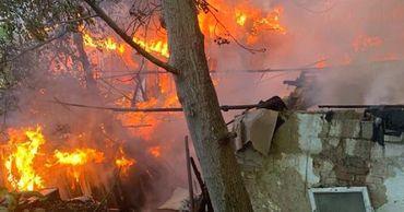 В столице сгорел частный дом.