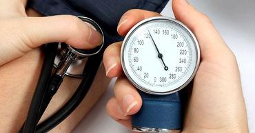 Специалисты рассказали, как быстро понизить давление без таблеток.