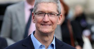 Глава Apple сравнил  iPhone с ребенком.