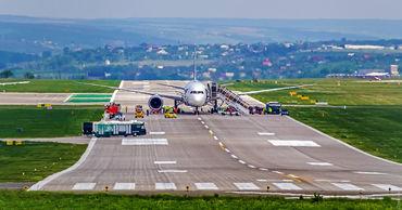 Опубликованы новые условия поездок граждан Молдовы за рубеж. Фото: Думская
