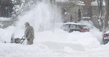 В нескольких регионах Украины из-за ухудшения погоды объявили красный уровень опасности