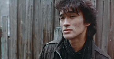 Эксперты усомнились в официальной версии гибели Виктора Цоя.