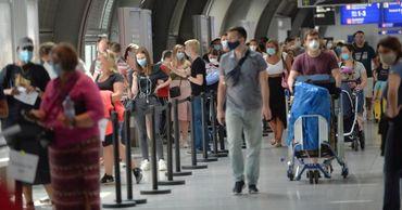 Великобритания введет 10-дневную самоизоляцию для всех путешественников.