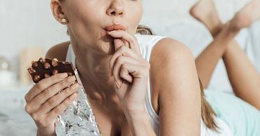 Диетолог поделилась рецептом снижения тяги к сладкому.