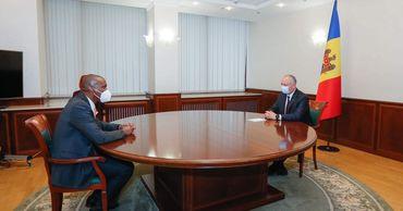 Игорь Додон и посол США обсудили развитие отношений между странами.