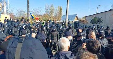 В Варнице произошла потасовка между ветеранами и избирателями из Бендер.