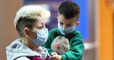 Немецкие педиатры рекомендуют не надевать маски детям до пяти лет.