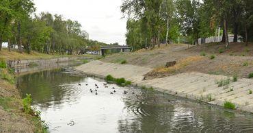 Завершены работы по очистке русла реки Бык в периметре улиц Фередеулуй - Михай Витязул.