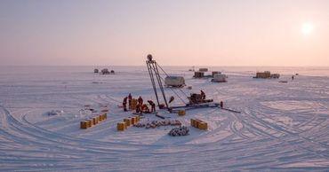 На Байкале запустят уникальный глубоководный нейтринный телескоп.