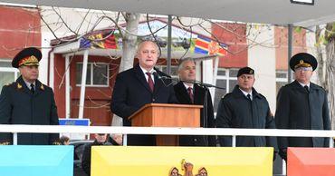 Додон: Армия играет основную роль в обеспечении суверенитета Молдовы.