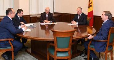 Додон обсудил проблемы экономических агентов из приднестровского региона.