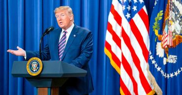 Трамп заявил, что демократы опошляют процедуру импичмента.