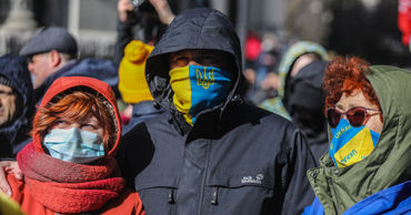 Правительство Украины одобрило законопроект о запрете на пересечение границ при карантине.
