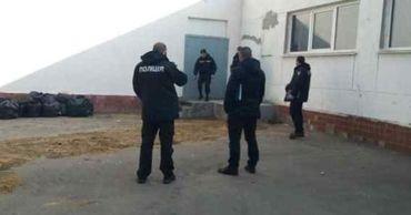 В Одессе эвакуировали лицей из-за разлитого раствора аммиака.