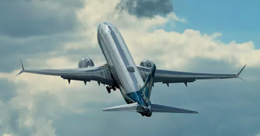 В топливных баках нескольких самолетов нашли посторонние предметы.