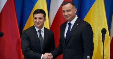 Зеленский первым поздравил Дуду с победой на выборах президента Польши.