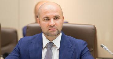 Демократ Владимир Чеботарь ушел из мунсовета и вернулся в парламент.
