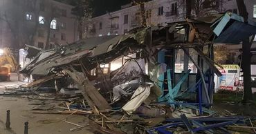 Чебан: В центре Кишинева демонтирована остановка, превращенная в торговый центр.